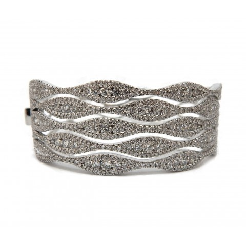 Contemporary Wave Bangle