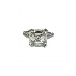Magnificent 4ct Asscher Cut Diamond in Antique Style Setting
