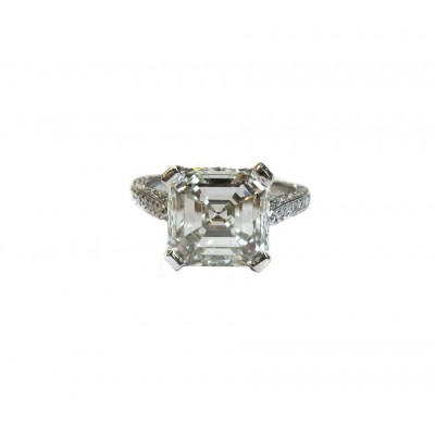 Magnificent 4ct Asscher Cut Diamond in Antique Style Setting