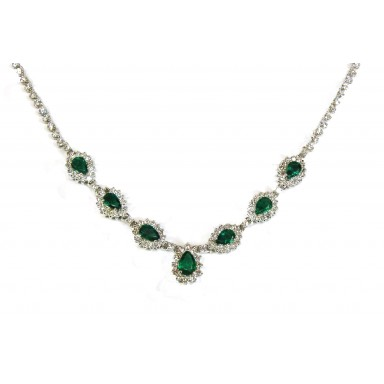 Graceful Emerald Necklace