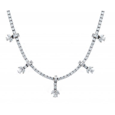 Hanging Flowers Diamond Necklace
