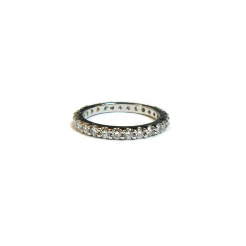 Classic 4pt Diamond Shared Prong Wedding Band