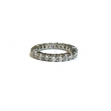 Airline Style 8pt  Shared Prong Diamond Wedding Ring