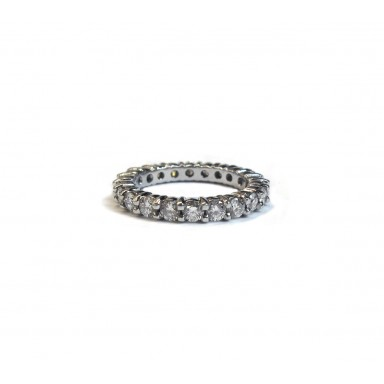 Shared Prong 8pt Wedding Band